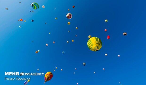 جشنواره بالون ها در فرانسه