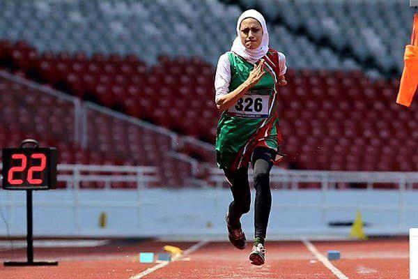 رياضية ايرانية تتقلد الميدالية الفضية في بطولة جاكرتا للالعاب الاسيوية لذوي الاحتياجات الخاصة
