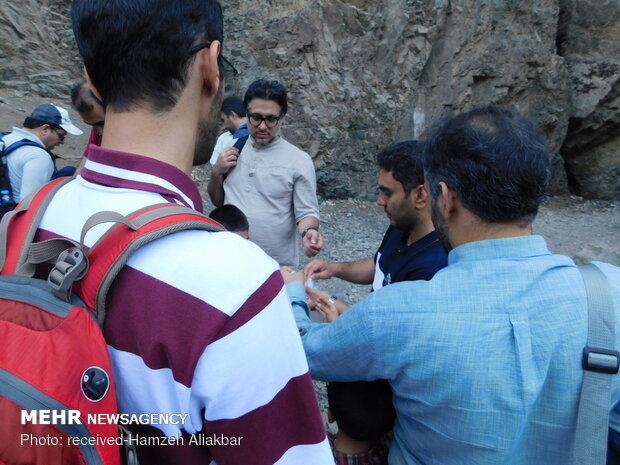 پاکسازی زباله های کوهپایه دارآباد