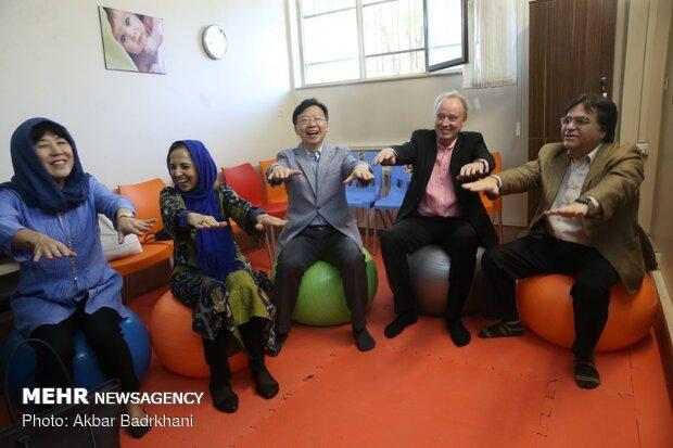 بازدید معاونان رئیس سازمان جهانی بهداشت از مرکز خدمات جامع سلامت لواسان