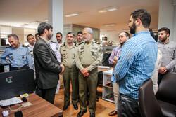 مساعد التربية والتعليم في الجيش الإيراني يتفقد وكالة مهر للأنباء