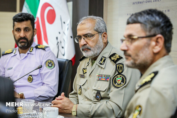 Army officials visit Mehr