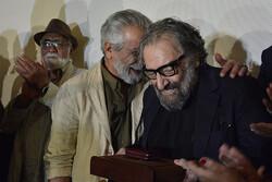 اهدای یادگارهای حضور مسعود کیمیایی در سینمای ایران به موزه سینما