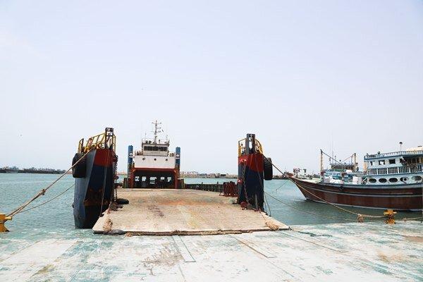 نخستین محموله یخچالی با شناور فلزی به عمان صادر شد