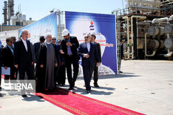 President Hassan Rouhani inaugurated the development project of Tabriz Refinery in East Azarbaijan Province on Thursday