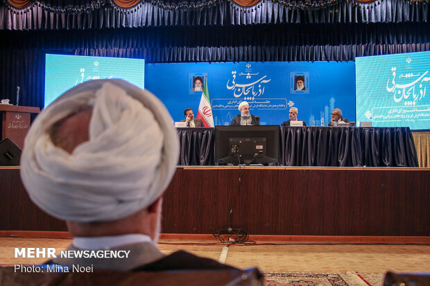 Rouhani attends session of Administrative Council of East Azerbaijan Province