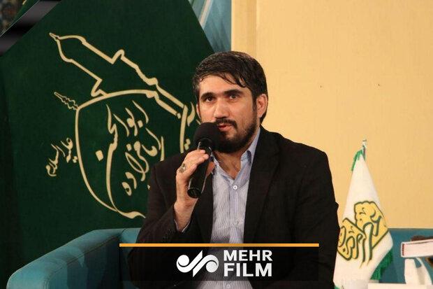 مداحی حماسی مرحوم محمدباقر منصوری در دیدار با رهبر معظم انقلاب