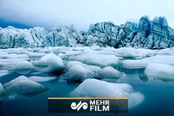 Grönland'daki buzlar hızlı şekilde erimeye devam ediyor