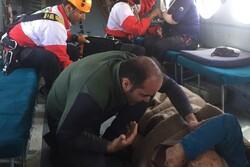 جزییات نجات مرد حادثهدیده در ارتفاعات صعبالعبور علمکوه