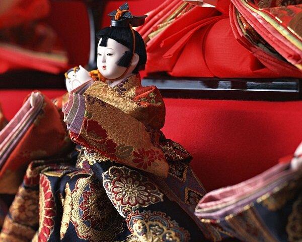 عروسکهای سنتی ژاپنی در ایران  به نمایش در میآیند