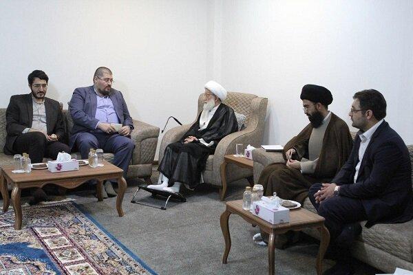 آية الله عيسى قاسم يستقبل مدراء وسائل الإعلام الإيرانية