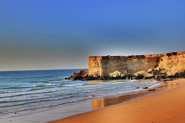 جاذبه های گردشگری مقصد مجبوب گردشگران با تور سفر باتو