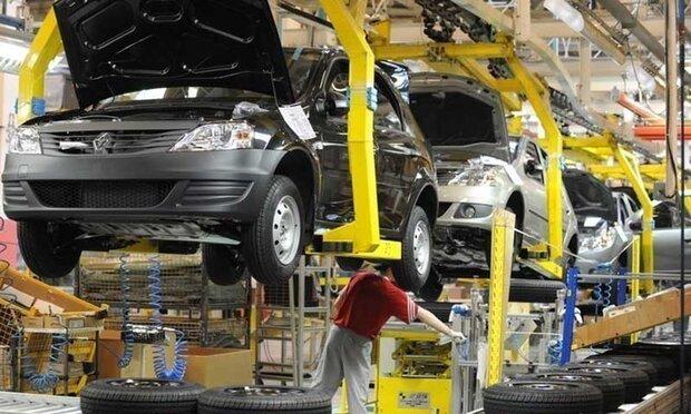بھارت میں گاڑی ساز صنعت میں نمایاں کمی/ 2 لاکھ سے زائد ملازمین بے روزگار