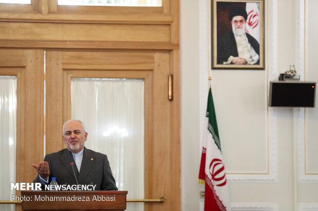 المؤتمر الصحفي لوزير الخارجية الايراني