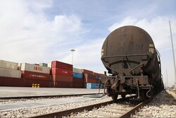 Iran's trade balance hits $1.2bn in Q1