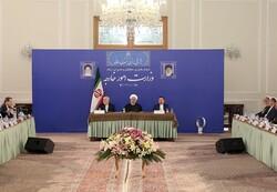 الرئيس روحاني يلتقي ظريف في وزارة الخارجية