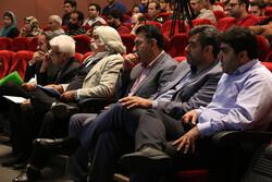 دوتار نوازی خراسانیها در روز حضور مدیران/ داورها راضی بودند