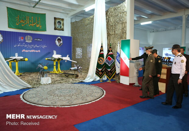 Iran Defense Ministry unveils UCAV precious guided bombs, missiles