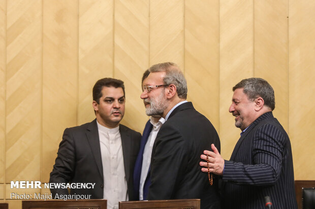 Larijani's presser on Journalist Day occasion