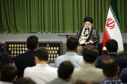 رہبر معظم انقلاب اسلامی سے ممتاز جوانوں کی ملاقات