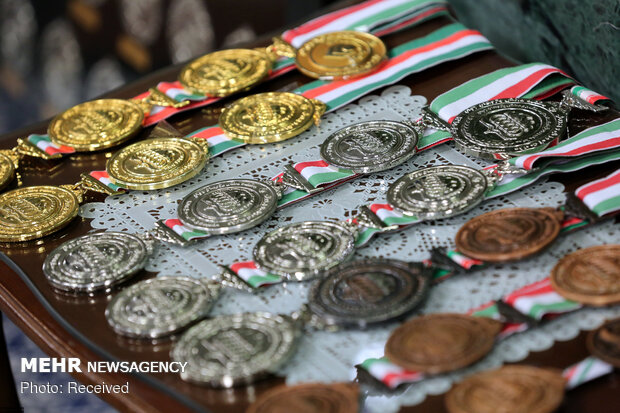 دیدار مدالآوران المپیادهای علمی و اعضای تیم ملی والیبال جوانان