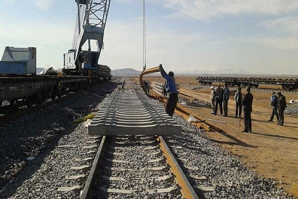 پیشرفت ۸۵ درصدی مسیر راه آهن بستان آباد به تبریز