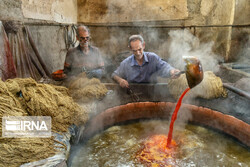 Traditional dyeing workshops still popular in Iran