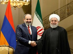 Armenian Prime Minister Nikol Pashinyan and Hassan Rouhani