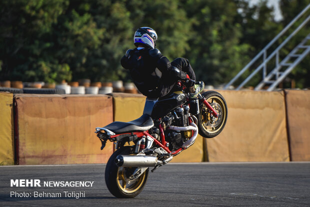 1st round of national motorcycle stunt riding c'ship