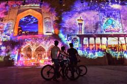 """عرض للإضاءة ثلاثية الأبعاد في قلعة """"كريمخان""""في شيراز /صور"""