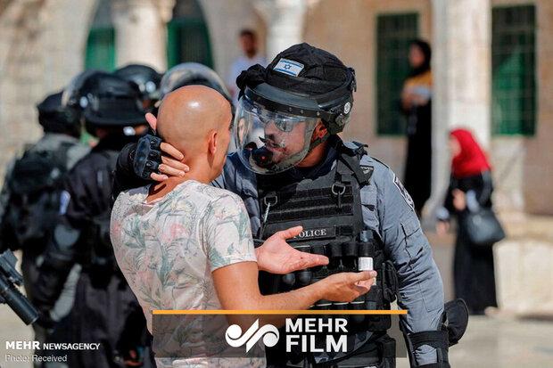 لحظه شهادت جوان فلسطینی به ضرب گلوله نظامیان رژیم صهیونیستی