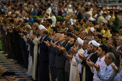 اقامة صلاة عيد الاضحى المبارك في طهران/ صور