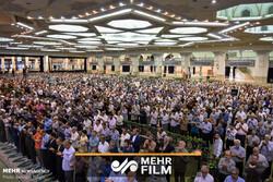 فیلمی از اقامه نماز عید قربان در مصلی امام خمینی (ره)