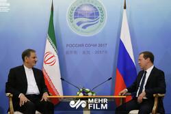 فیلمی از دیدار گرم و صمیمی جهانگیری با نخست وزیر روسیه