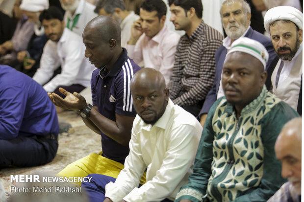 نماز عید سعید قربان در حرم حضرت معصومه (س)