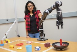 ربات امدادی که با اشیای دم دستش ابزار تازه می سازد