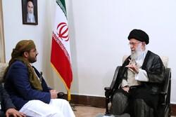 استقبال قائد الثورة الإسلامية للمتحدث باسم حركة انصار الله اليمينة /صور