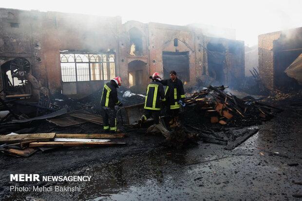 حريق في سوق قم القديم