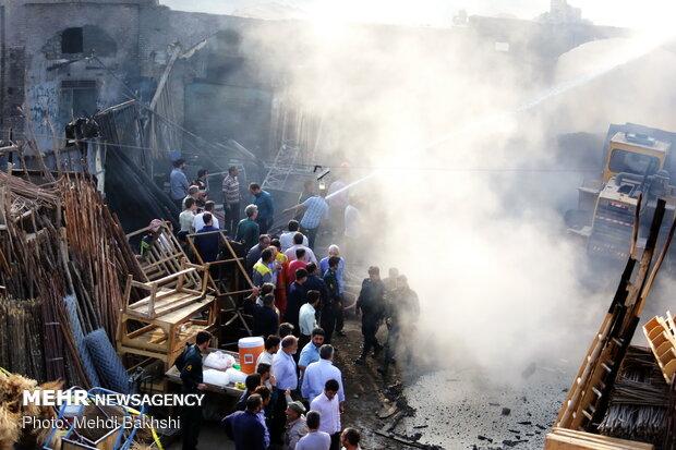 Blaze devours historical bazaar of Qom