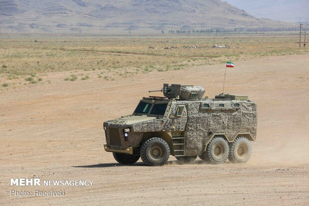 Iran unveils armored 'Ra'd', delivers 'Aras-2' tactical vehicles