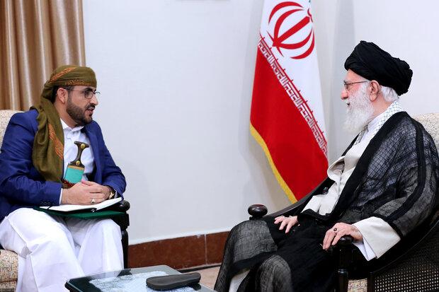 قائد الثورة الإسلامية يستقبل المتحدث باسم حركة انصار الله اليمينة