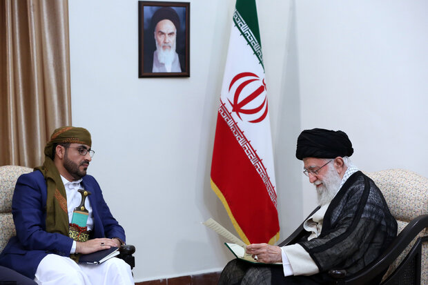 Ansarallah Movement's spokesman met with Supreme Leader