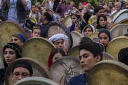 دومین روز جشنواره نوای رحمت با اجرای تکنوازی بانوان آغاز شد