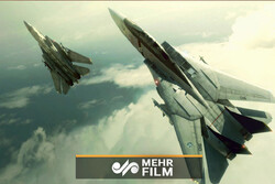 VIDEO: Russian jets force NATO's F-18 away over Baltic Sea