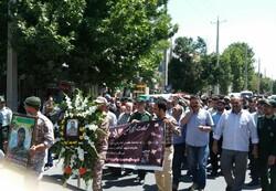 پیکر بسیجی شهید جواد عبدی تشییع شد