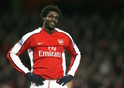 Ex-Arsenal forward Adebayor linked with Iran's Tractor: report