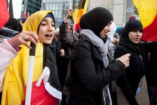 زنان مسلمان در جامعه آلمان کمتر مورد حمایت قرار میگیرند