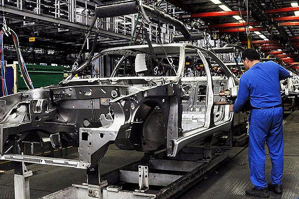 اجرای ۵ طرح فناورانه کلان ملی/تامین ۲۰۰ هزار قطعه خودرو