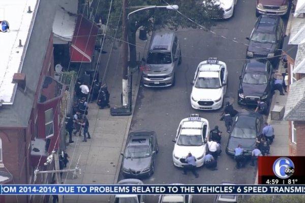 حمله مسلحانه به مأموران پلیس در فیلادلفیا آمریکا