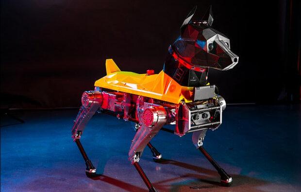 سگ رباتیکی که به دستورات صوتی واکنش نشان می دهد